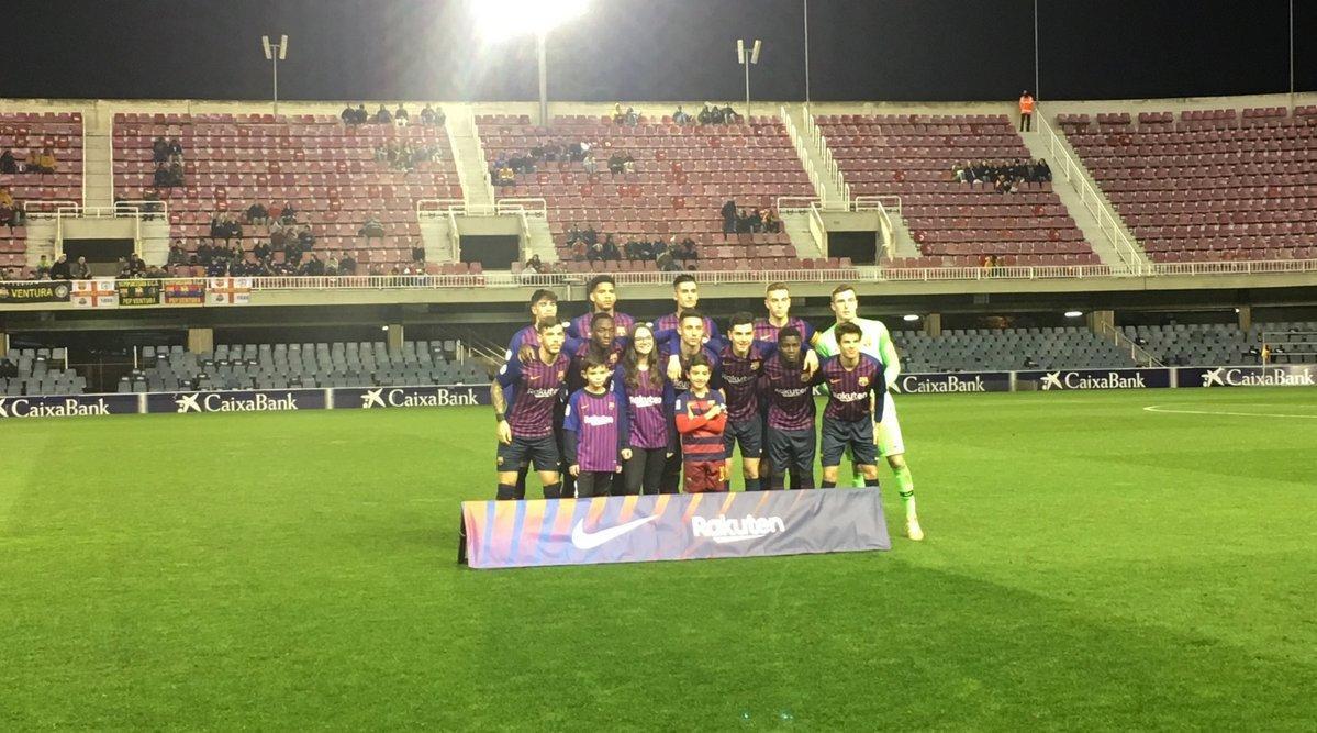 🅱 | Le Barça B s'est imposé (2-1) cet après-midi face au leader, Lleida Esportiu.  Les hommes de Garcia Pimienta remontent à la 5e place à 6 points de l'adversaire du jour.   #FCBLive #FCBMasia #BarçaB #2bg3 #BarçaBLleida