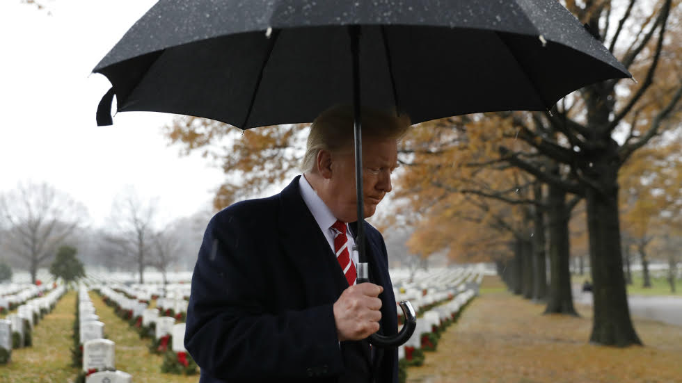 Trump makes unannounced 15-minute visit to Arlington National Cemetery for wreath-laying https://t.co/mXSoVAZ84I