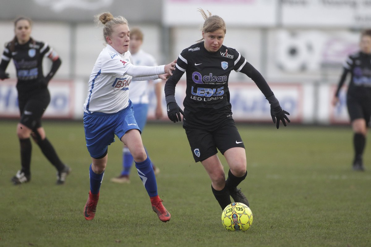 Vandaag stond in Heist op den Berg het duel tussen KSK Heist en KRC Genk Ladies op het programma,hierbij alle beelden van het duel #Vrouwenvoetbal #Belgie #Belgium #Foot #Football #KBVB #BelgianFootball #Genk #Limburg #Photographer #Press   https://3rmedia.smugmug.com/2017-/KRC-GENK-LADIES-2018-2019-/20181215-KSK-Heist-KRC-Genk-Ladies/ …  @3rmedia