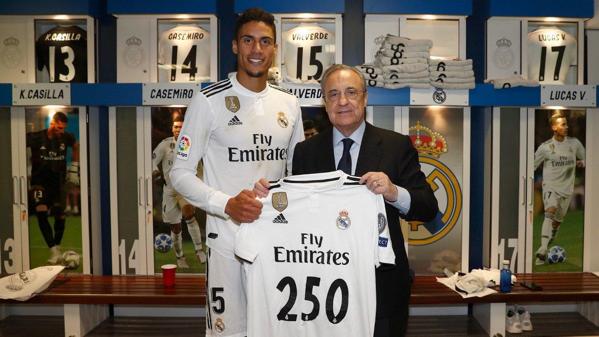 👕👏 Congratulations to Raphaël Varane, who made his 250th Real Madrid appearance tonight! #HalaMadrid