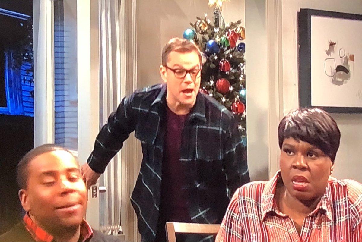 Matt Damon Snl Christmas.Erik Davis On Twitter Living For This Matt Damon Episode