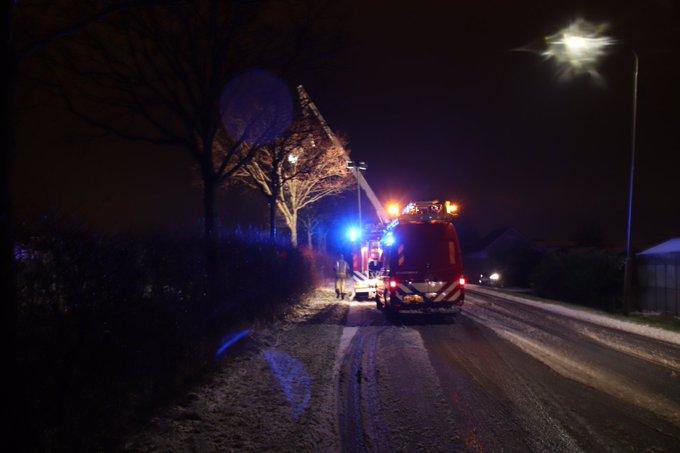 Hulpdiensten eruit na aantreffen fiets bij wak in de sloot Nieuwelaan s-Gravenzande. Geen persoon meer gevonden https://t.co/9OiGpfmf4h
