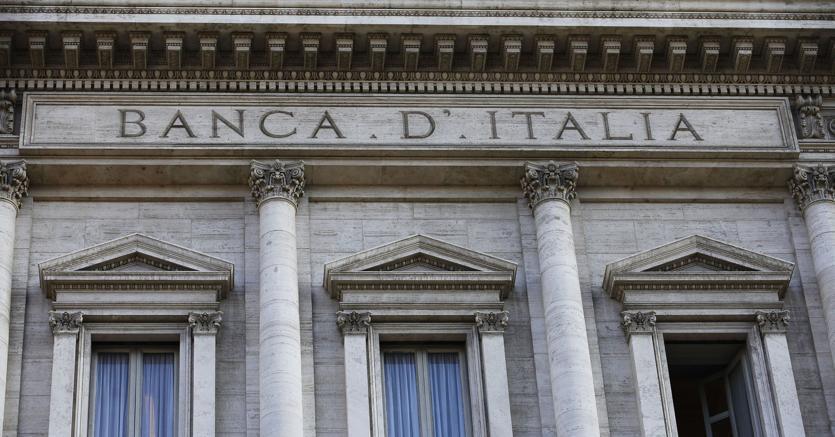 Bankitalia taglia la stima del Pil 2018 dall'1,2% allo 0,9% https://t.co/0CvSR1f4ke