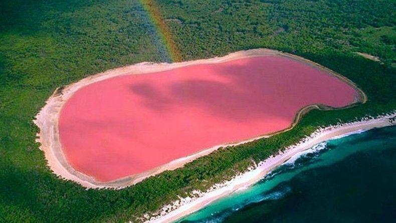 Lake Retba is a lake in Senegal that's naturally pink.