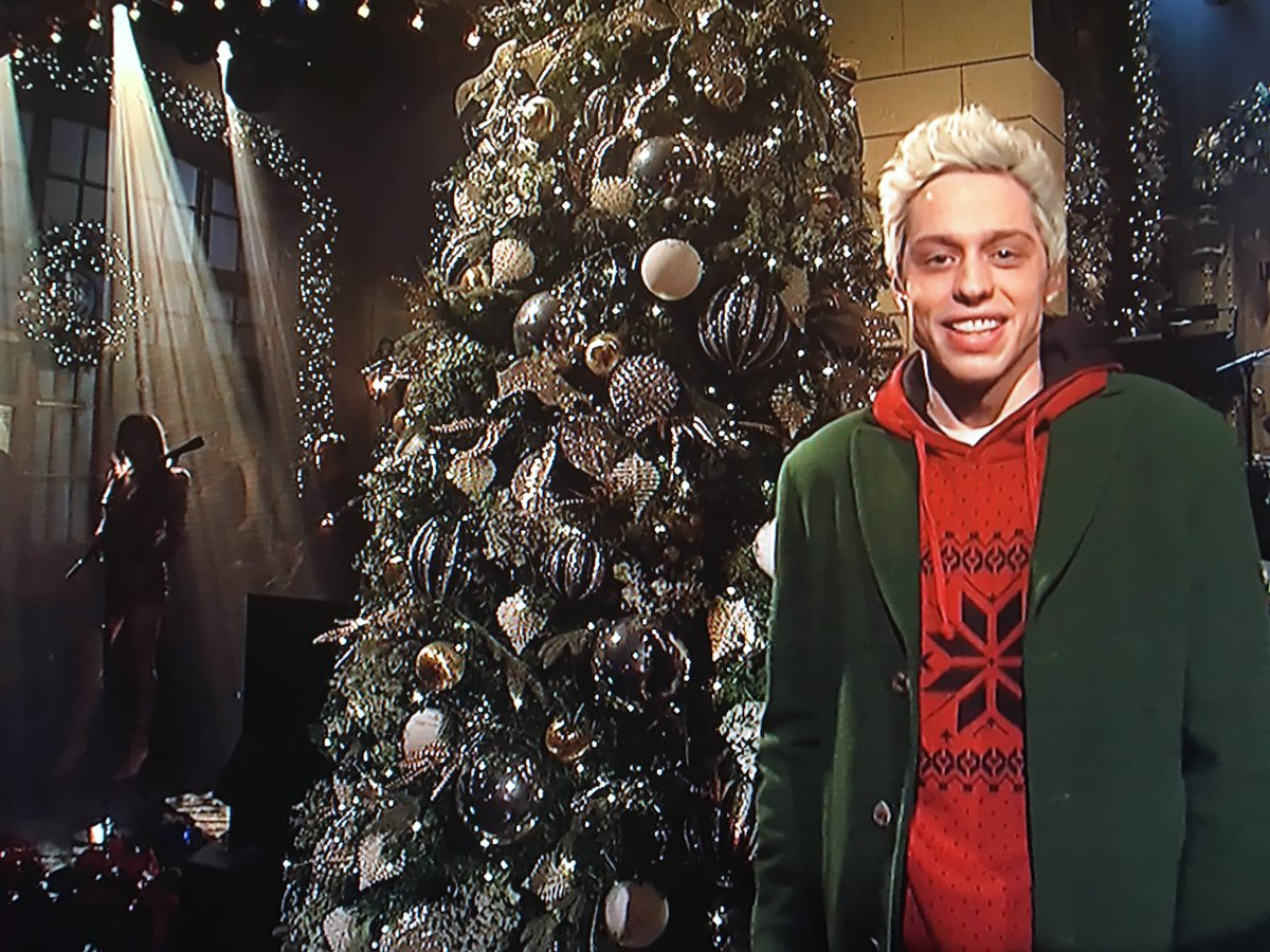 Pete Davidson Keeps a Low Profile on Saturday Night Live After Disturbing Instagram Post