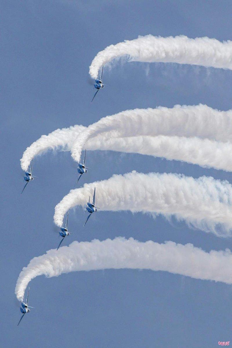 かっこいいー!  ひそまそ仕様F-15に監督&声優びっくり ブルーインパルスが大空を舞った「岐阜基地 航空祭」に行ってきたよ【写真36枚】 - ねとらぼ https://t.co/Mf30iyxYP9 @itm_nlab