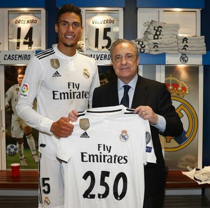 Milestone✔ Achieved By our Very own French 🇫🇷 Rock / Congratulations To @Raphel Varane on Playing His 2⃣5⃣0⃣ game for Real Madrid   #Emirates | #HalaMadrid #PeñaMadridistaDelhi #Capitalmadridistas #Rmfans #MerciVarane #Halamadridynadamas #Halamadridhastaelmorir
