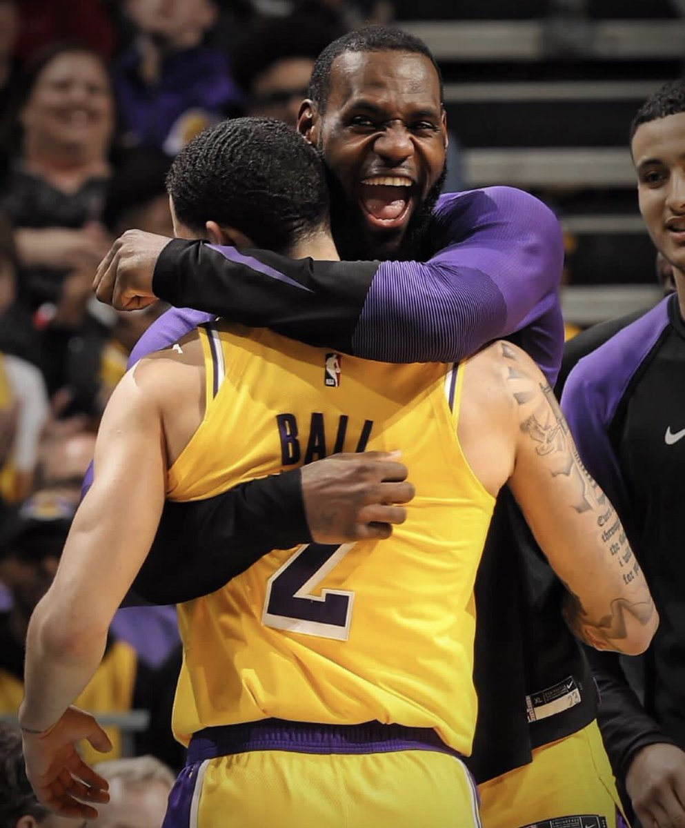 Being #Lebron 's👑 teammate is so bad because of the toxic environment around him. Then why are all the records linked to him? Even when another team member have to perform it is his teammate #DoubleTripleDouble #Mates #Lakeshow #ZoBall
