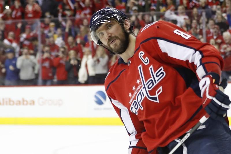 NHL roundup: Ovechkin gives Capitals shootout win https://reut.rs/2CerPPw