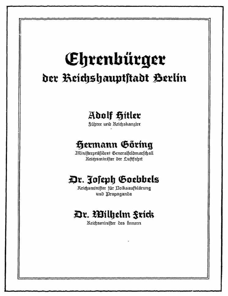 Heute vor 70 Jahren wurde Adolf Hitler, Hermann Göring, Joseph Goebbels, Wilhelm Frick und Wilhelm Pieck das Berliner Ehrenbürgerrecht aberkannt. In Ostberlin wird Pieck, einziger Staatspräsident der DDR, bis 1992 weiter als Ehrenbürger geführt. #berlinfakt