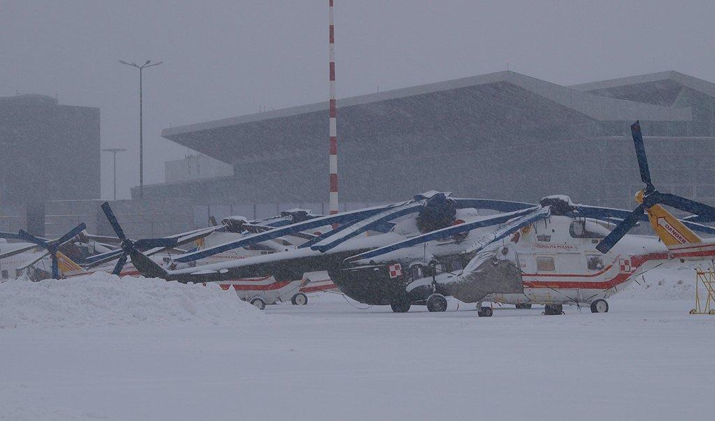 Kiedyś to było śniegu http://www.jackowlew.pl                    @1BLTr_Warszawa @Jakub_Stefaniak @SilyPowietrzne @MocSwidnika @KonradStasiczak @WosztylArtur  @banan_awaryjny @Zgubek
