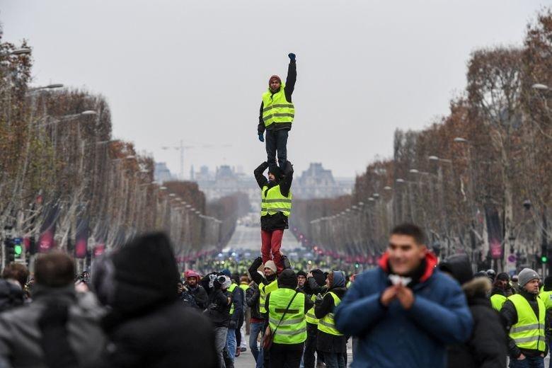 #Manifestation des #giletsjaunes : 144 gardes à vue à #Paris https://t.co/AcHIan7g0x #Faitsdivers