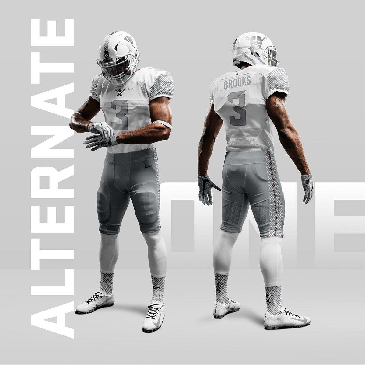 alternate raiders jersey