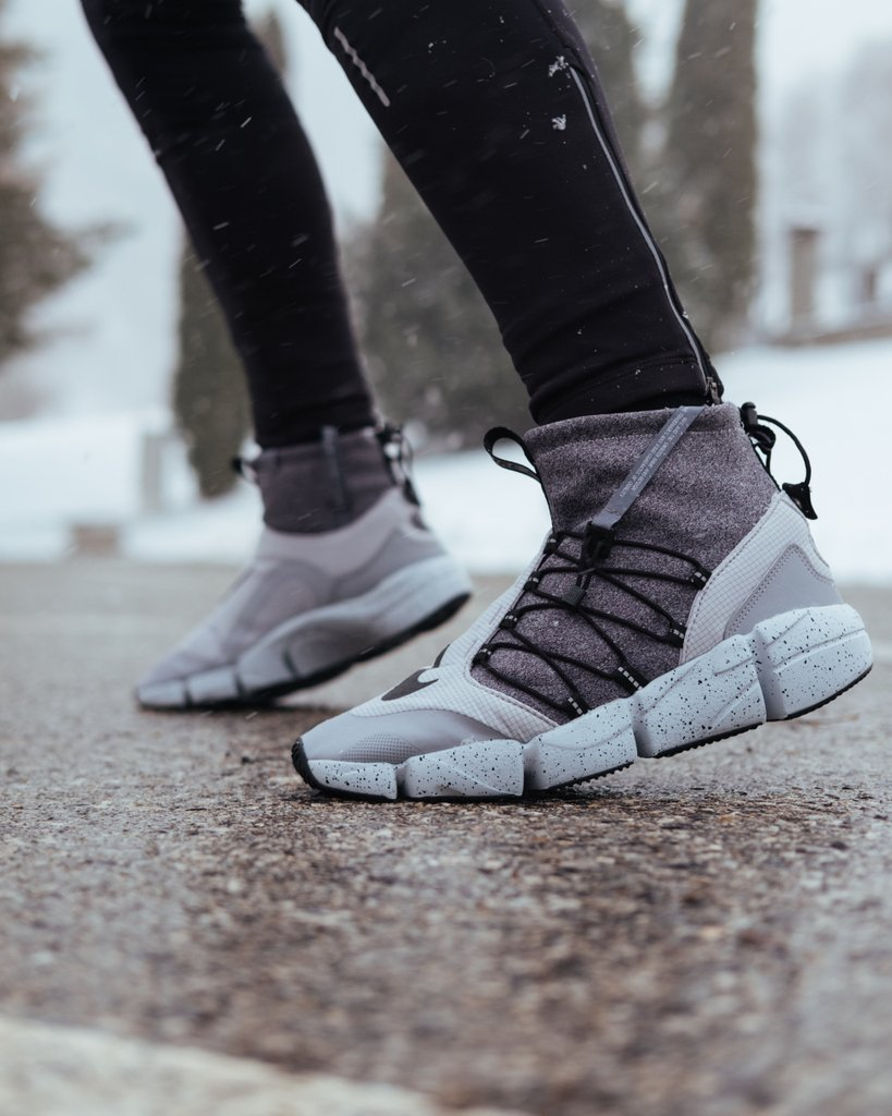 The Nike Air Footscape Mid Utility is