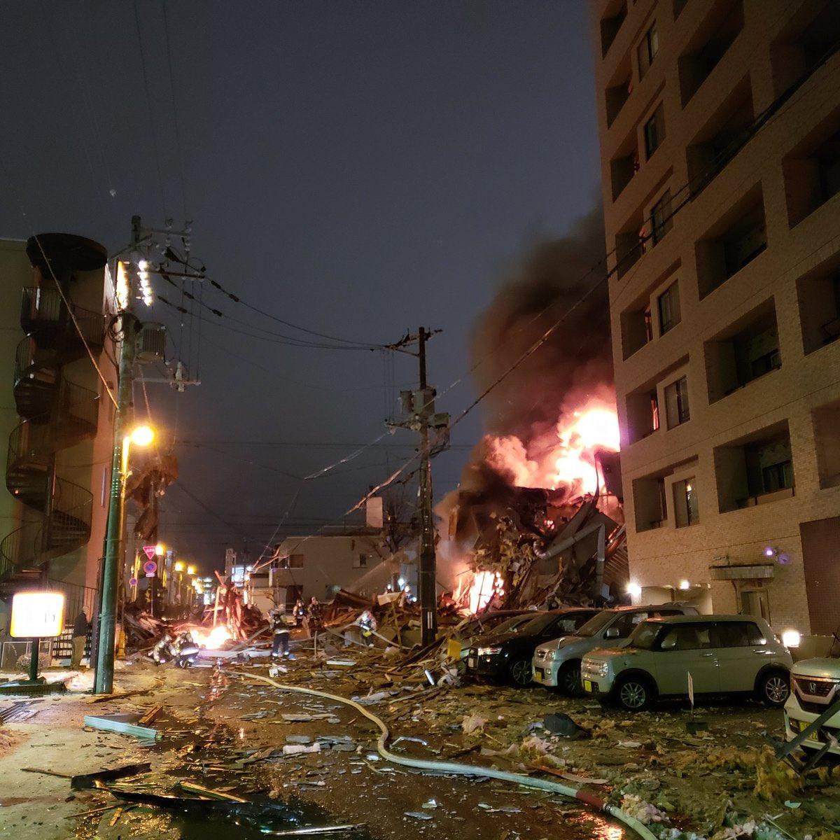 画像,市内で爆破あった。カミナリだと思ってた。アパマン無くなっている。 https://t.co/CaSxsNX90Y。