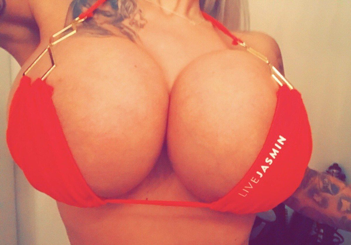 View tits online