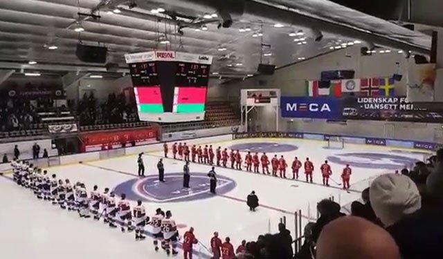 Хит «Песняров» включили вместо гимна перед матчем сборной Белоруссии в Норвегии:  https://t.co/G4mxQ7FghU