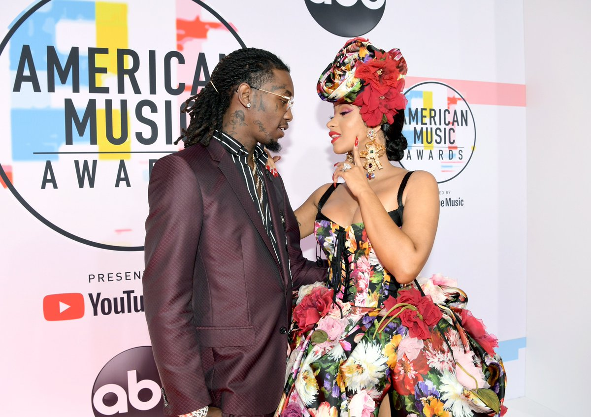 Offset crashed Cardi B's Rolling Loud festival to try and win her back: https://t.co/UrdPJRTFX9