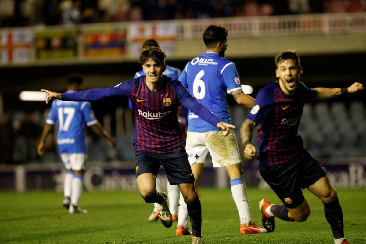 📷 👍 Álex Collado eligió ayer el mejor momento para estrenarse esta temporada como goleador: marcó el gol de la victoria en el último minuto contra el líder, el Lleida, en el Miniestadi 👏👏👏👏  #BarçaB #ForçaBarça🔵🔴
