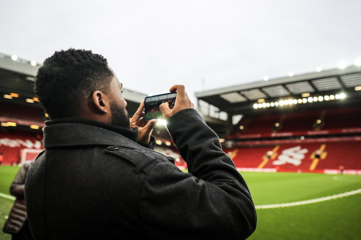 .@JackieBradleyJr is across the pond for the weekend and today he's visiting our friends at @LFC!   📱: It's all on our IG story!