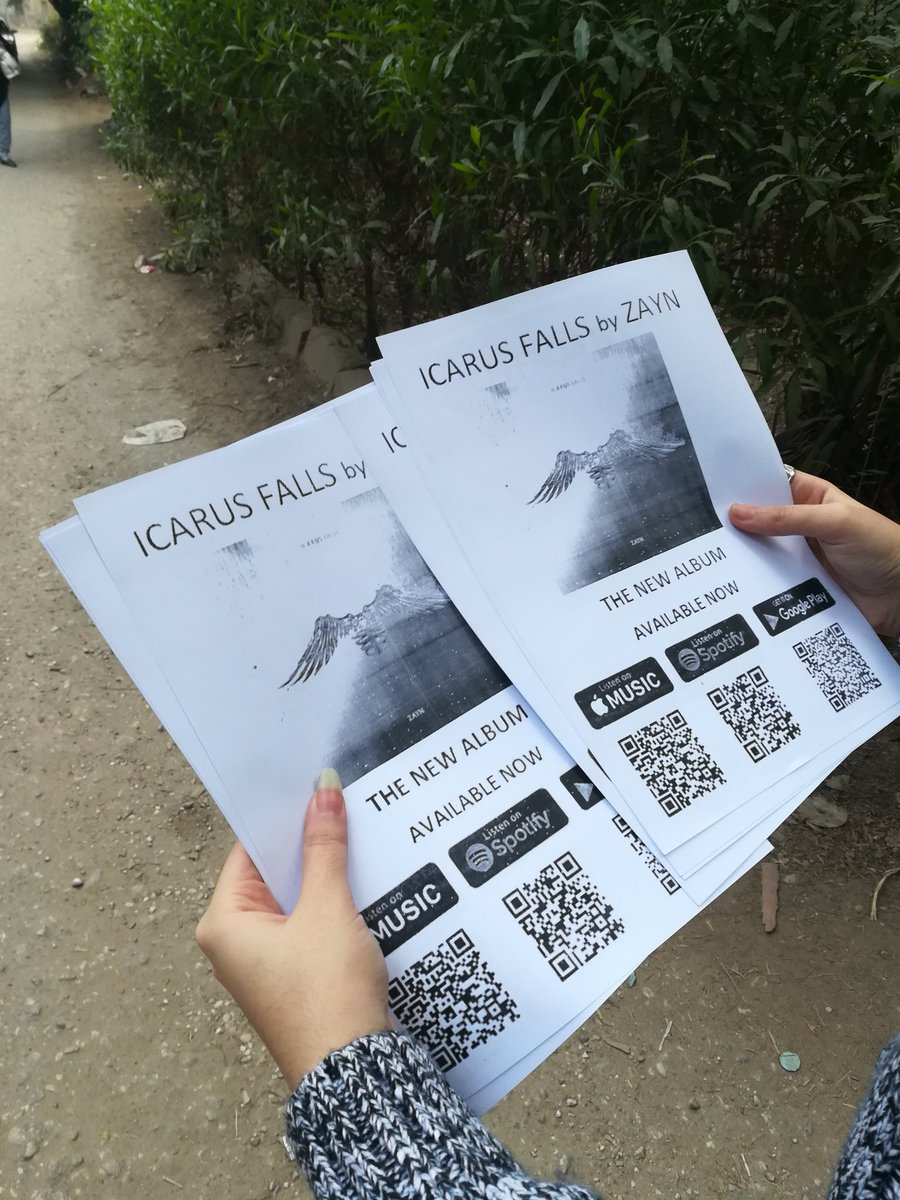 Finally promoted #IcarusFalls all over my city with my mum, we enjoyed doing it so much and I hope all the world know about this iconic album, love you zayn 🙏💙 @zaynmalik @inZAYN
