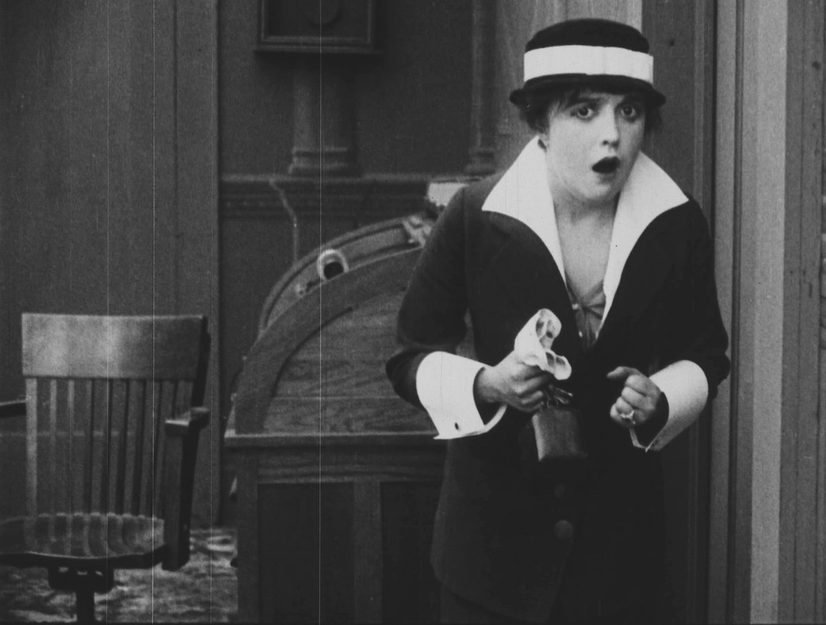 THE MARVELLOUS MABEL NORMAND is a package of four short films from the BFI National Archive, featuring a newly commissioned score from The Meg Morley Trio. See the trailblazing Mabel Normand on 26 &amp; 27 Dec #BFIComedy  https:// queensfilmtheatre.com/Whats-On/The-M arvellous-Mabel-Normand-Leading-Lady-of-Film-Comedy &nbsp; … <br>http://pic.twitter.com/XLLzAFxUvD