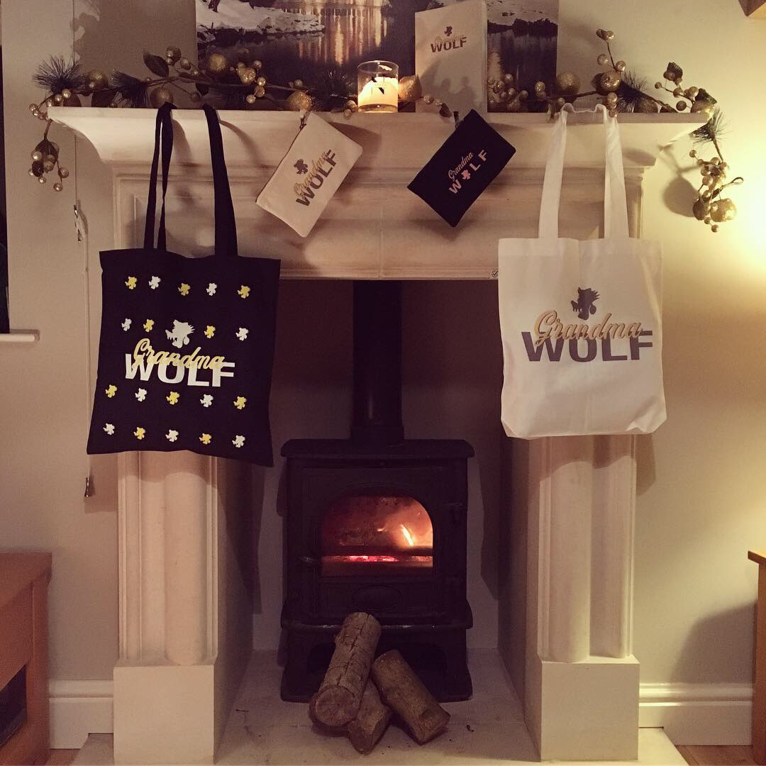 MERRY CHRISTMAS FROM GW! To say thank you we've reduced everything in store and include a free notebook with every order.  That's it from us this year but we'll be back with new & exciting things in 2019. 👵🏻🐺 T-shirts £10 Tote Bags £8 Accessories £5 http://www.grandmawolf.co.uk