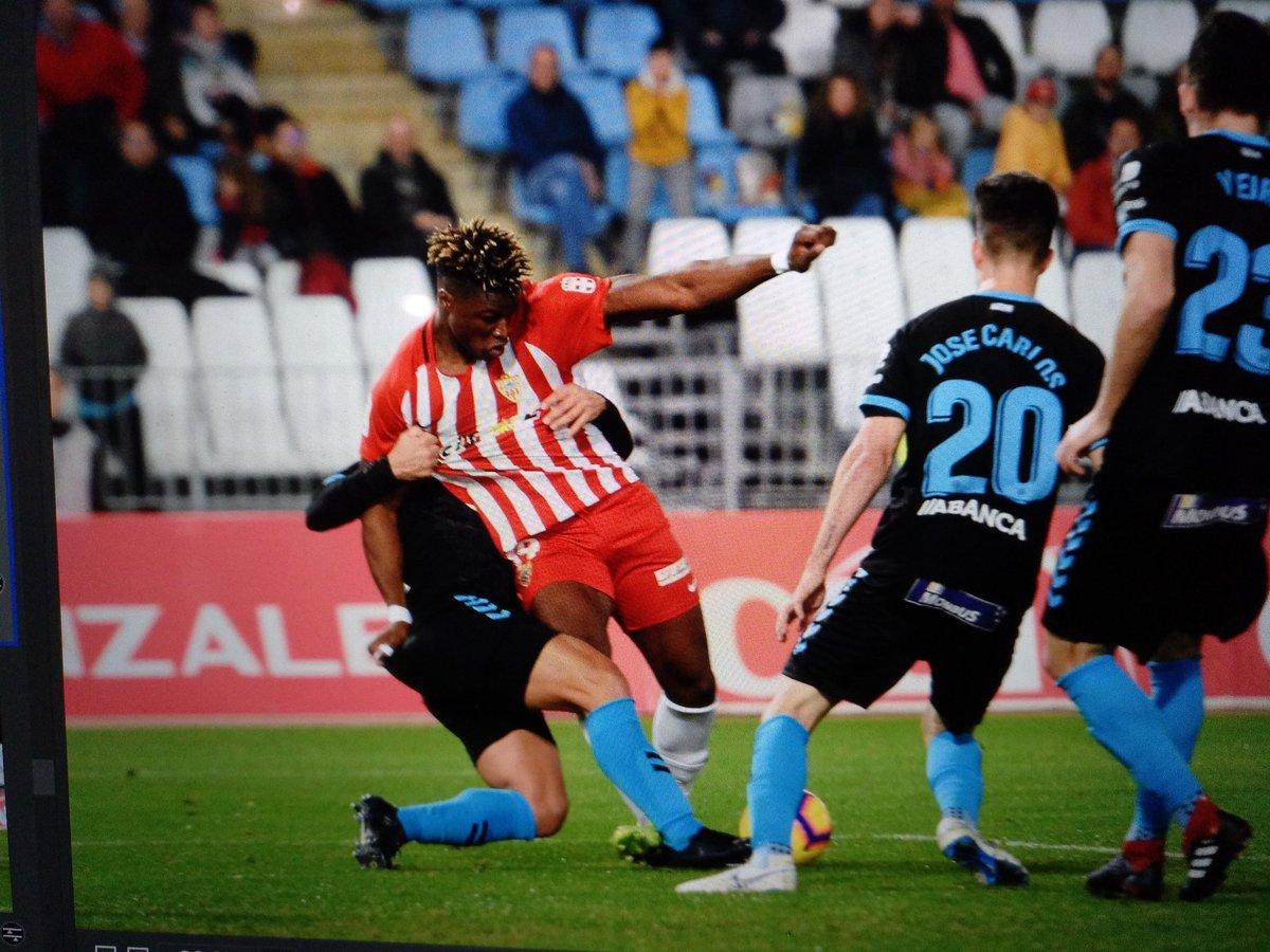 La foto del penalti a @SekouGassa @U_D_Almeria 📸 @juansanchez1507