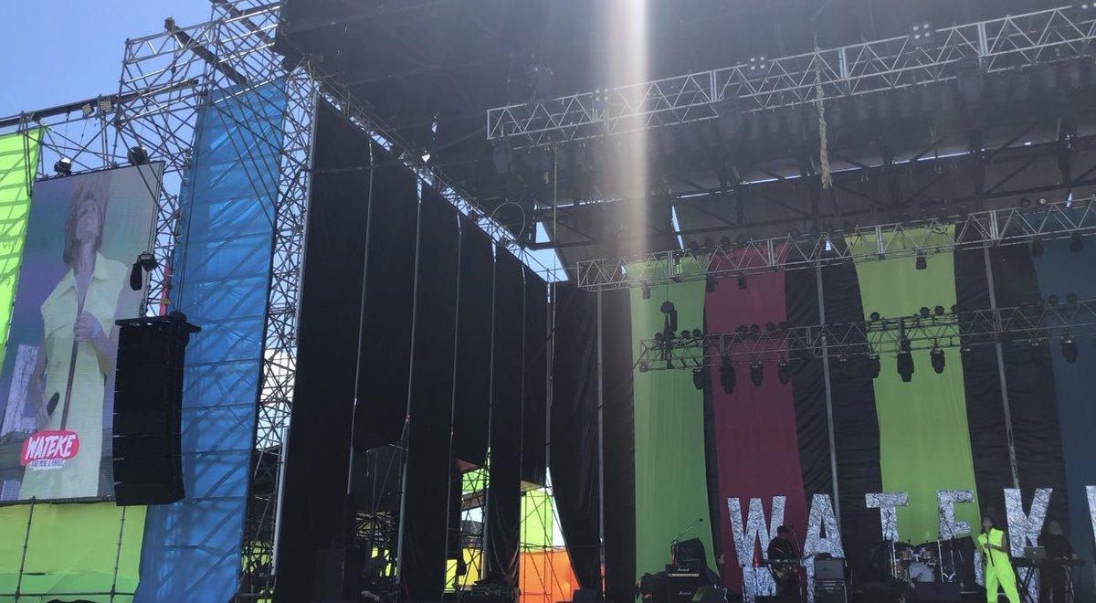 Para cerrar un año increíble...showcito en el @FestivalWateke #BuenosAires con mi banda @murcibouscayrol #MatDante y #AdrianRuggiero / a la salida notita en @Metro951 / gracias a todos x tanto cariño y escuchen mi álbum  #Puentes en 👉 https://open.spotify.com/album/3RjdCHTSRlfCJUYyXV4LY6?si=bY-IdZV3QmiTN5q-6PTKgA…