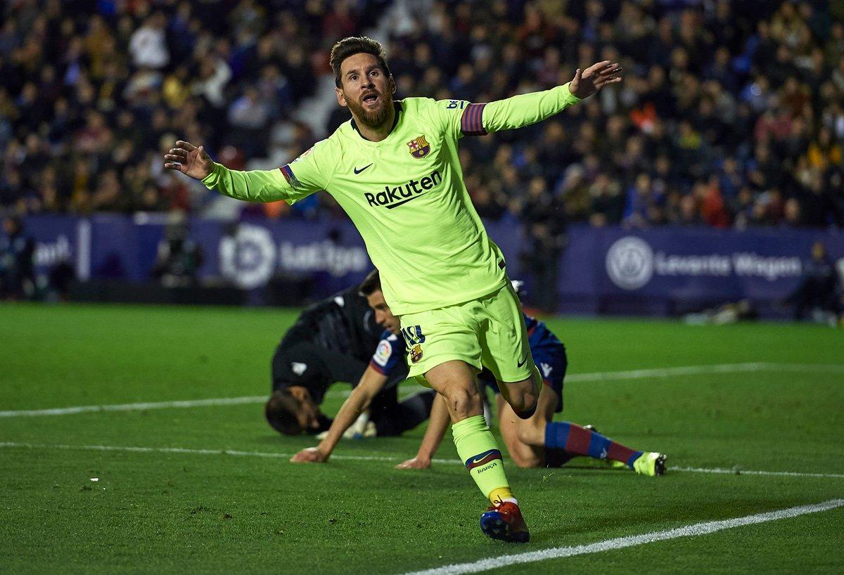 Messi - last 14 games for Barca: vs PSV ⚽⚽⚽ vs Girona ⚽ vs Leganes 👟 vs Bilbao 👟 vs Tottenham ⚽⚽ vs Valencia ⚽ vs Sevilla ⚽👟 vs Betis ⚽⚽ vs Atletico 👟 vs PSV ⚽👟 vs Villarreal 👟 vs Espanyol ⚽️⚽️👟 vs Tottenham ❌ vs Levante ⚽️⚽️⚽️👟👟