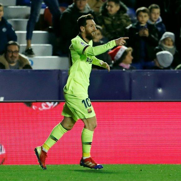 2⃣0⃣1⃣8⃣ Leo #Messi ⚽⚽⚽⚽⚽ ⚽⚽⚽⚽⚽ ⚽⚽⚽⚽⚽ ⚽⚽⚽⚽⚽ ⚽⚽⚽⚽⚽ ⚽⚽⚽⚽⚽ ⚽⚽⚽⚽⚽ ⚽⚽⚽⚽⚽ ⚽⚽⚽⚽⚽ ⚽⚽⚽⚽⚽ That's 50+ goals in eight of the last nine calendar years. Un-be-lie-vable. https://t.co/APHCQrRErK