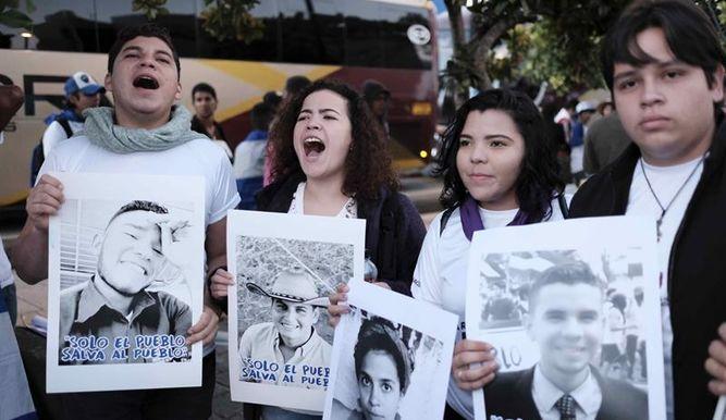#NoticiasTVN Nicaragüenses en Costa Rica marchan por los DD.HH. y las libertades en Nicaragua. Más información en https://t.co/NSXgVAFEPT