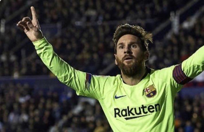Insaciable otro hattrick...y van...43 me soplan 👏👏👏👏impresionante !  #Messi #orgulloargento 🇦🇷 @TeamMessi