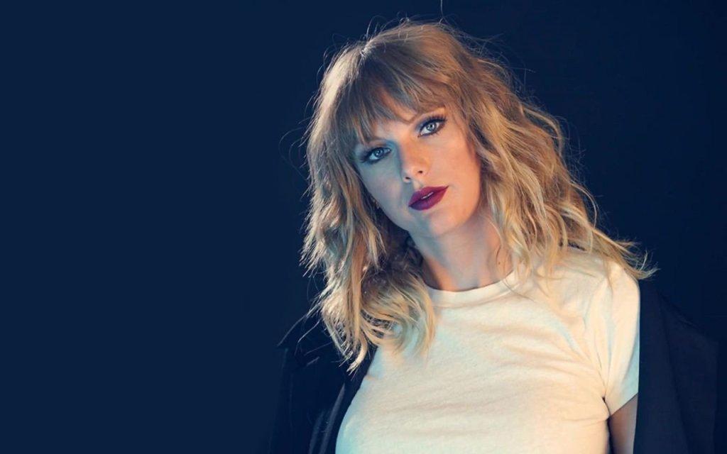 Taylor Swift a scanné les visages de son public lors d'un concert enCalifornie  https:// webissimo.biz/taylor-swift-a -scanne-les-visages-de-son-public-lors-dun-concert-en-californie/ &nbsp; … <br>http://pic.twitter.com/F9inOhih4o