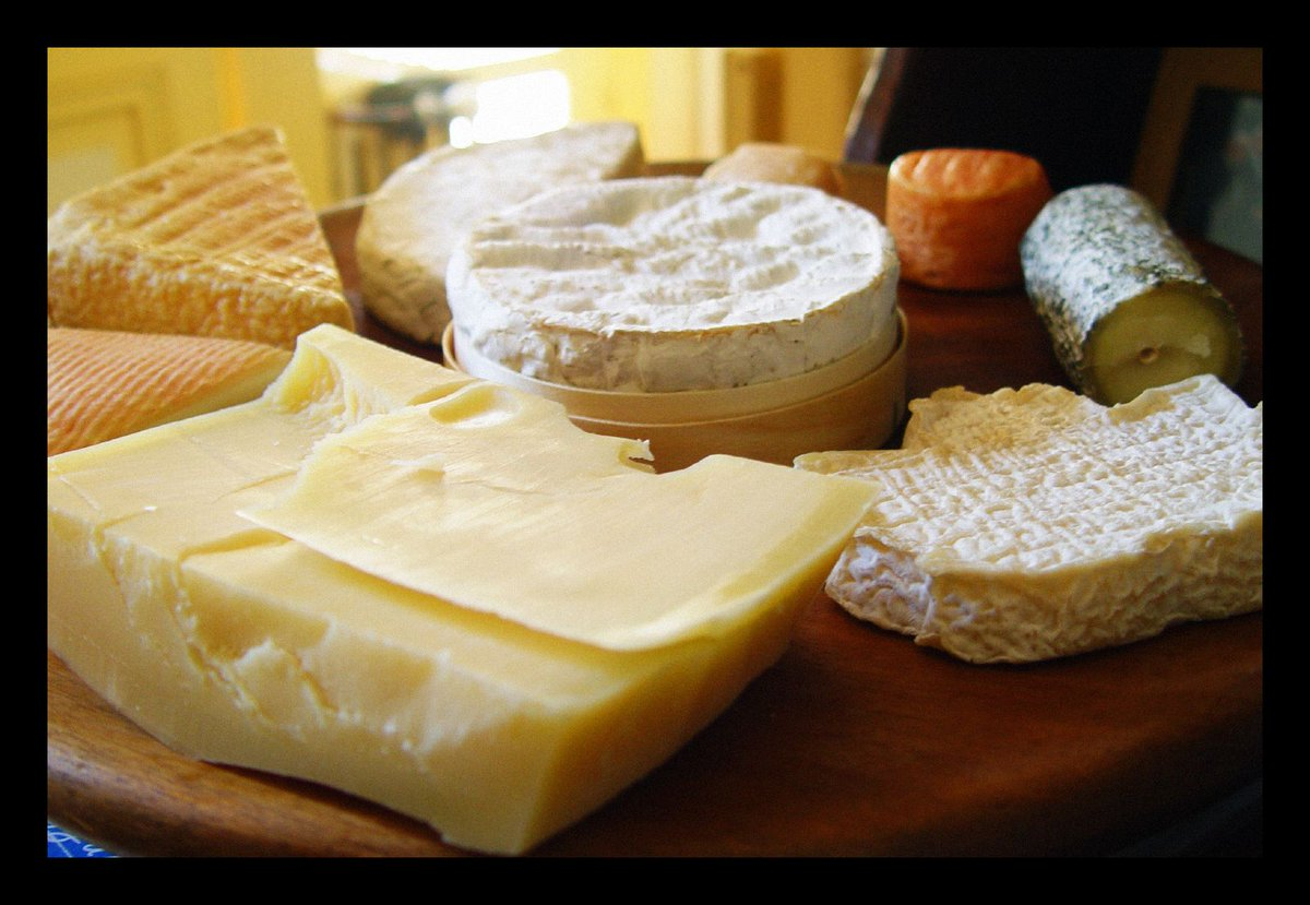 Cheese triggers the same part of the brain as hard drugs.  (Image: Chris Buecheler.)