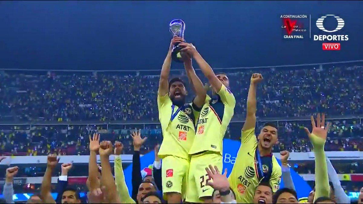 Club América's photo on Edson Álvarez