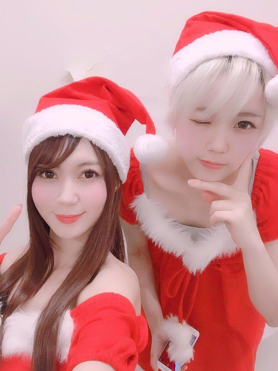 今日の相模原市南区のあの店にヒッポクイーンのUta-chan(@chihara_ala)とHonamiちゃん(@honamin1127)がサンタさんになって来店中。 20:00まで降臨してますクリスマス🎄  #ヒッポクイーン #Utachan #Honami #クリスマス #サンタクロース #パチンコ #スロット #パチイベ