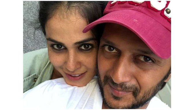 "Many More Happy Birthday Riteish Deshmukh: Genelia wishes her ""forever\"" with a heart-warming message, see pics"
