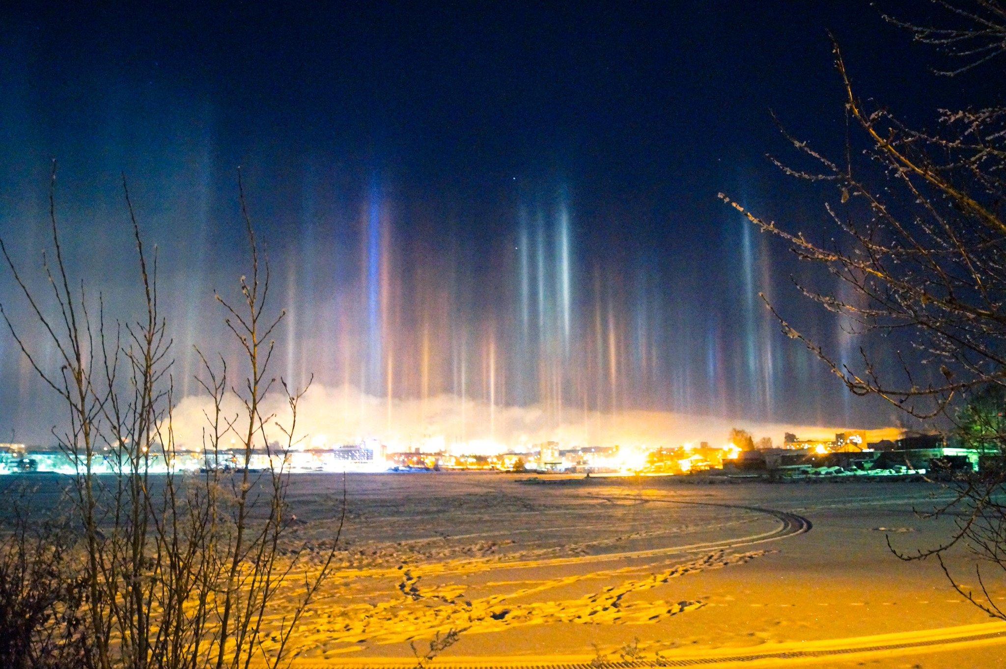 фото природных световых эффектов было связано большими