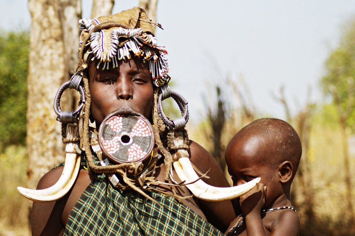 Meet the amazing Mursi people in South #Ethiopia: https://t.co/OckbyTZgmw #mursipeople #travel