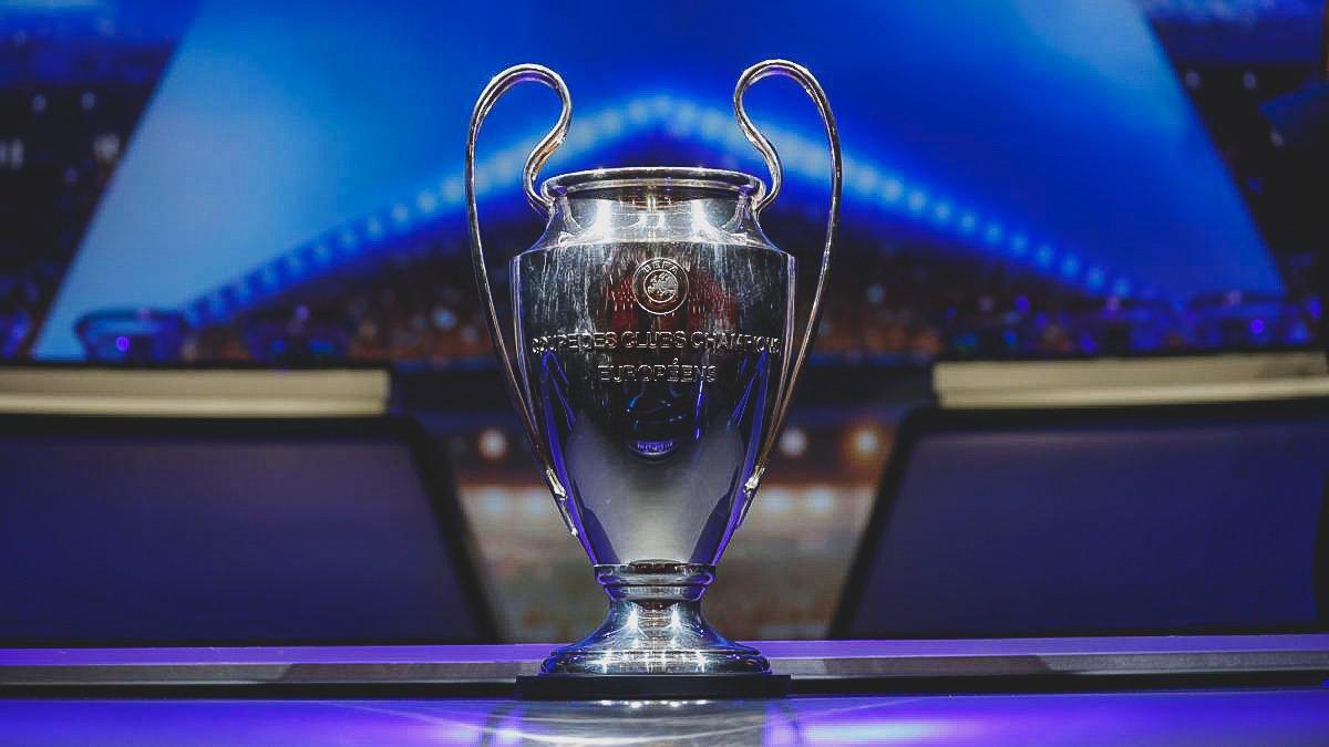 ⚽️ @ChampionsLeague Last 16 Draw:  🇩🇪 @s04 vs @ManCity 🏴 🇪🇸 @Atleti vs @juventusfc 🇮🇹  🏴 @ManUtd vs @PSG_inside 🇫🇷  🏴 @SpursOfficial vs @BVB 🇩🇪 🇫🇷 @OL vs @FCBarcelona 🇪🇸  🇮🇹 @OfficialASRoma vs @FCPorto 🇵🇹 🇳🇱 @AFCAjax vs @realmadrid 🇪🇸 🏴 @LFC vs @FCBayern 🇩🇪   😍 Bring it on.