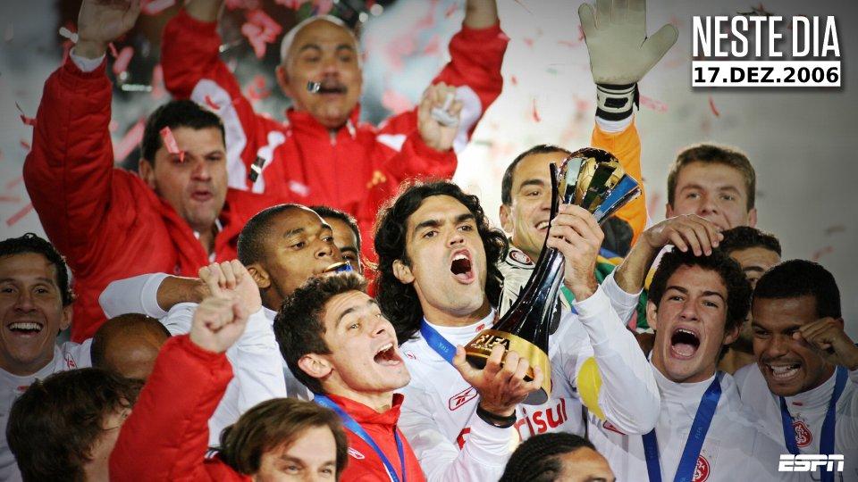 Espn Brasil De On Twitter E O Mundo Ficou Vermelho Neste Dia Em 2006 O Internacional Batia O Barcelona Por 1 A 0 E Se Sagrava Campeao Do Mundial De Clubes