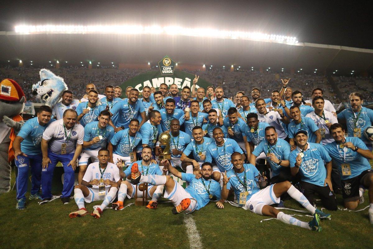 #Retrospectiva2018  PAPÃO NA CABEÇA! O @Paysandu se sagrou bicampeão da Copa Verde diante de mais de 35 mil apaixonados no Mangueirão! 🏟️🏆 #CopaVerde