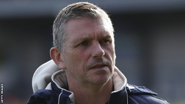 Football merry go-around? John Askey, the man who Sam Ricketts left Wrexham to replace at Shrewsbury Town, would be interested in the boss job at the Racecourse. Read more: bbc.in/2ChAssF