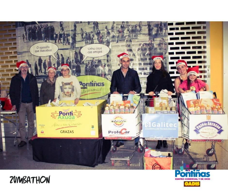 """Esta fin de semana colaboramos co Zumbathon Solidario, de recollida de alimentos en favor da Asociación de Voluntariado """" O Mencer"""". No C.C. Pontiñas de Lalín.  Pequenos xestos para boas obras."""