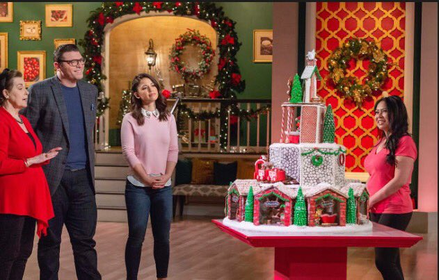 It was an amazing experience! Thanks to everyone who tuned in again to watch @FoodNetwork #HolidayGingerbreadShowdown #GingerbreadShowdown<br>http://pic.twitter.com/8M7FzX2916
