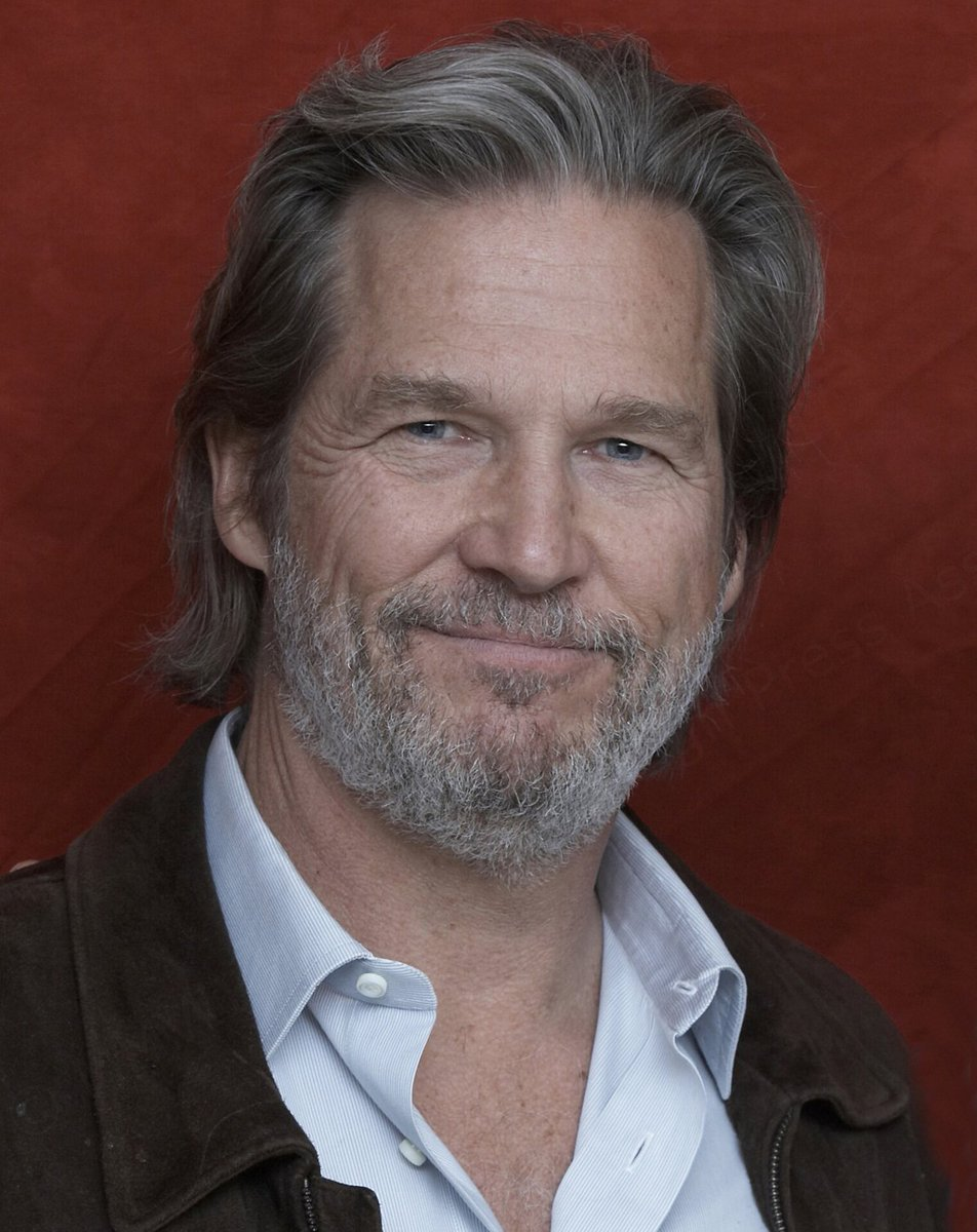 And the recipient of the 2019 #GoldenGlobes Cecil B. deMille Award is Jeff Bridges! (@TheJeffBridges) #Globes76