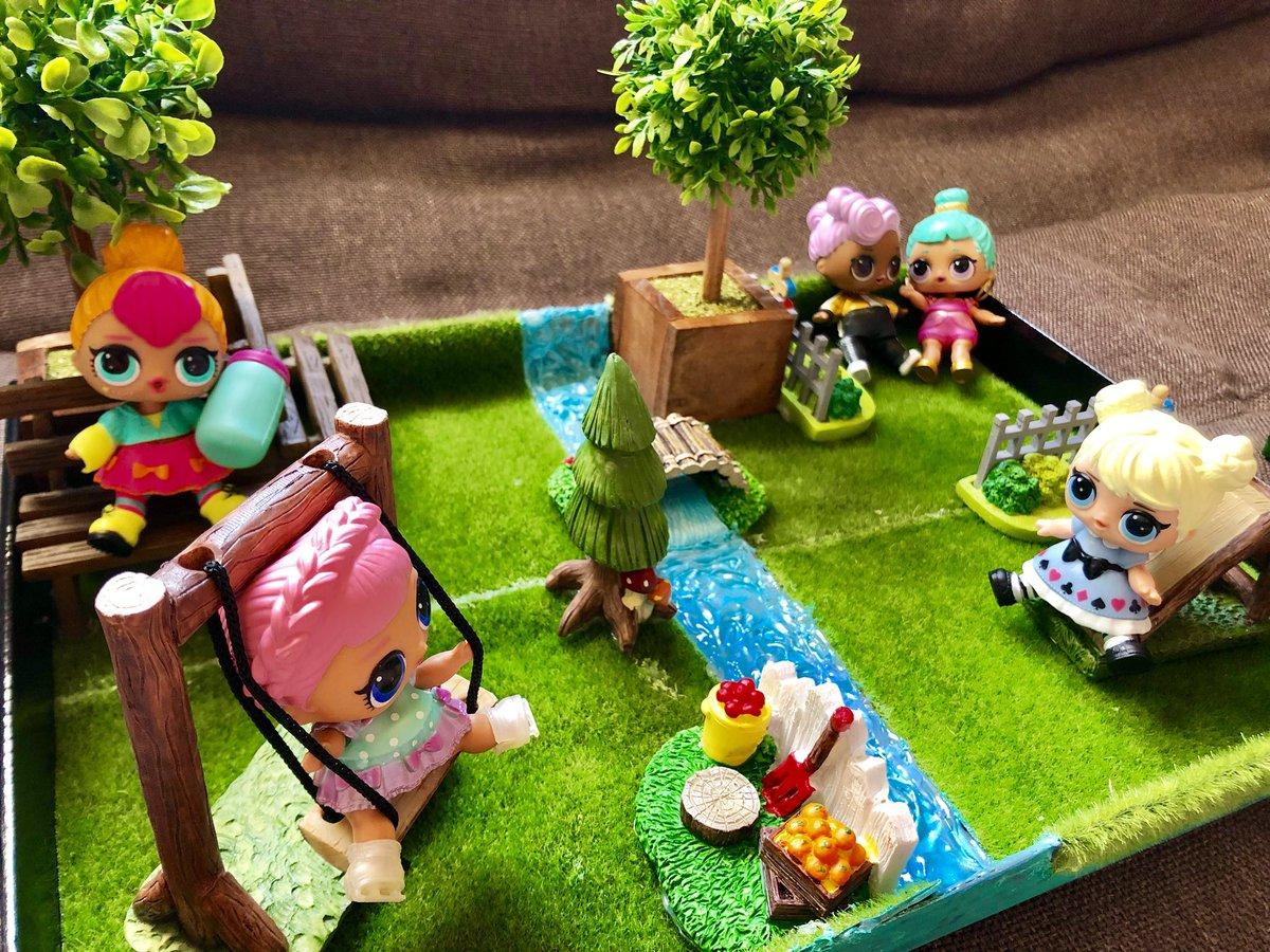 test ツイッターメディア - 娘のドールちゃん達が遊べる公園作ってみた(∩´∀`∩)?? ダイソー様々!ww   #LOLサプライズ  #DAISO #100均で手作り https://t.co/LveN8uzE75