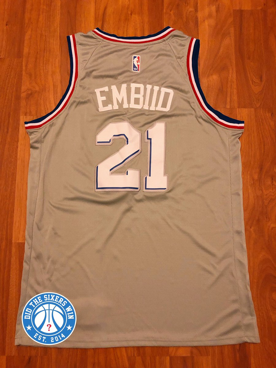 RETWEET for a chance to win. Must be following this account to be eligible  Winner  will be randomly chosen at halftime of Sixers-Raptors on Saturday f9a5e85da