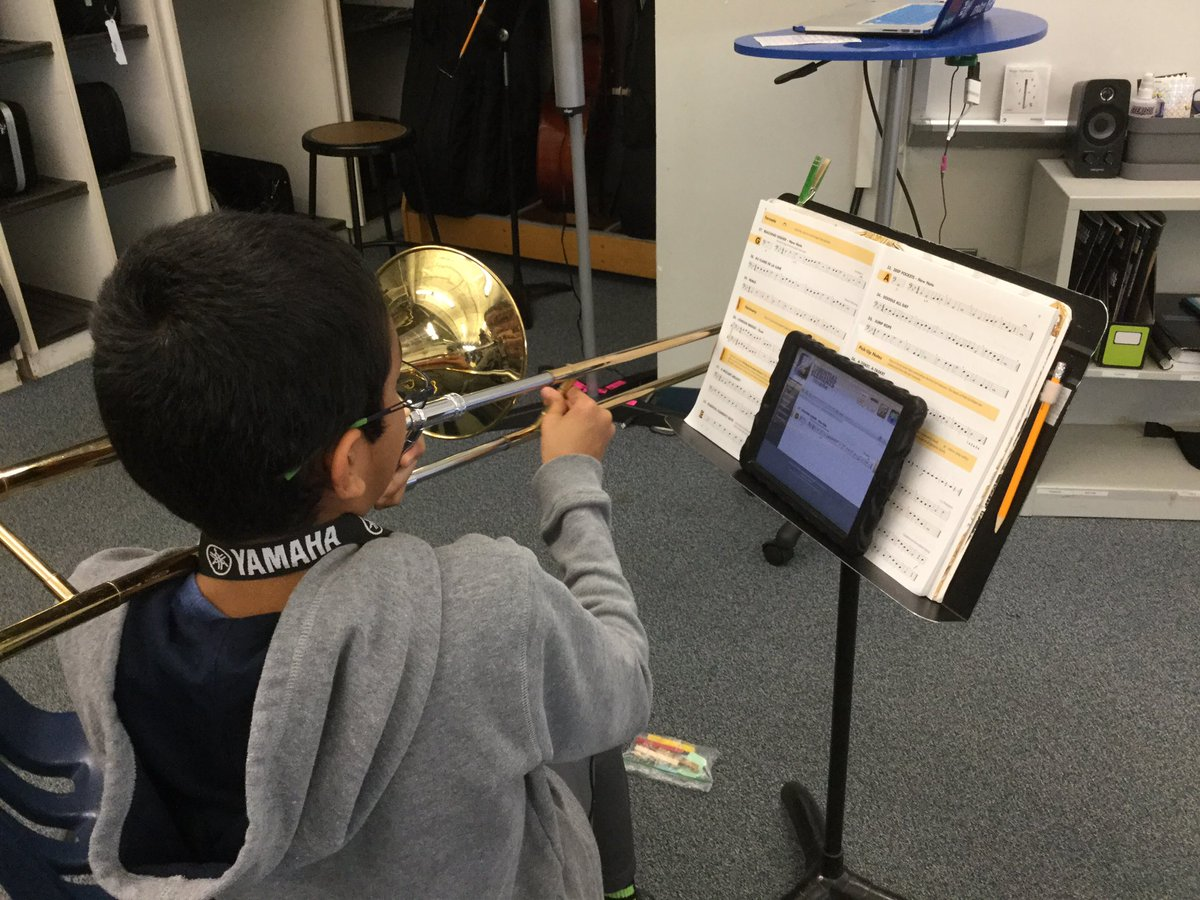 5th grade students enjoy practicing with Essential Elements Interactive! 🎶 <a target='_blank' href='http://search.twitter.com/search?q=ATSLearns'><a target='_blank' href='https://twitter.com/hashtag/ATSLearns?src=hash'>#ATSLearns</a></a> <a target='_blank' href='http://search.twitter.com/search?q=InMusicClass'><a target='_blank' href='https://twitter.com/hashtag/InMusicClass?src=hash'>#InMusicClass</a></a> <a target='_blank' href='http://search.twitter.com/search?q=APSArtsGreat'><a target='_blank' href='https://twitter.com/hashtag/APSArtsGreat?src=hash'>#APSArtsGreat</a></a> <a target='_blank' href='https://t.co/2NwnE5U28h'>https://t.co/2NwnE5U28h</a>